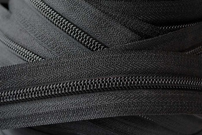 YKK Nylon Zip Chain No.5 Black