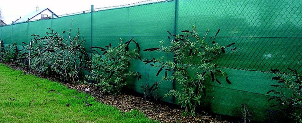 knitted netting chain link fence