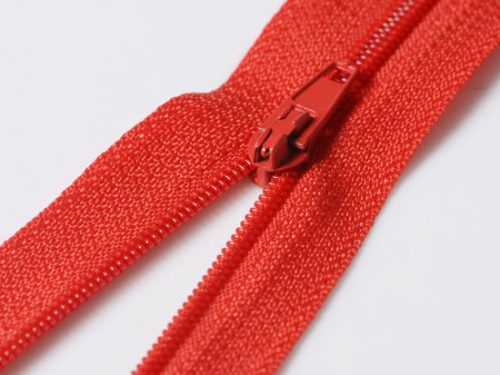 China Factory Wholesale Auto Lock No 3 3 Nylon Zipper Close Ended