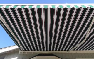 Green White awning Side